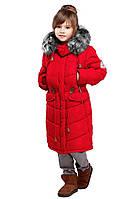 Яркая детская зимняя куртка алого цвета