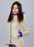 Женская курточка молочного цвета
