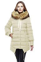 Молодежное пальто в пастельных тонах