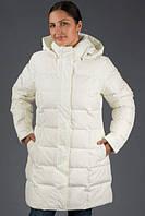 Однотонная стеганая куртка с потайной застежкой и капюшоном