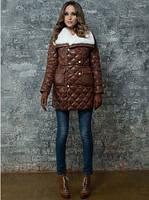 Куртка с двойной застежкой, накладными карманами и меховым воротником
