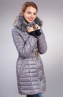 Куртка модного фасона с прорезью для пальца