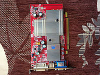 ВИДЕОКАРТА Pci-E RADEON  X 550 на 128 MB с ГАРАНТИЕЙ ( видеоадаптер X550 128mb  )