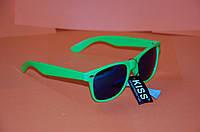 Стильные зеленые очки новые + чехол в подарок