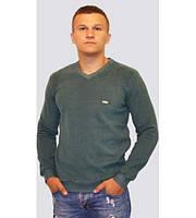 Мужской тёплый однотонный свитер зелёного цвета