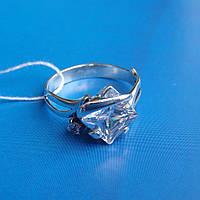 Серебряное кольцо с квадратным и круглым камнями