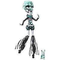 Кукла Monster High Twlya Freak Du Chic Твайла