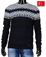 Очень теплый стильный свитерок на зиму.