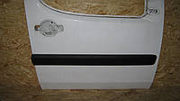 Молдинг передней двери правый Фиат Добло / Fiat Doblo 2006, 735388383
