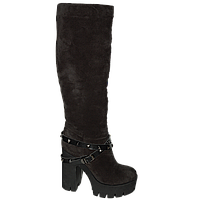 Женские трендовые зимние замшевые сапоги на удобном каблуке