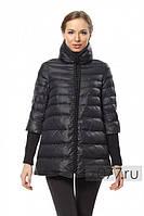 Куртка с воротником-стойка и довязом на рукавах