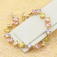 005-0669 - Позолоченный браслет со светлыми цветными квадратными фианитами, 17.5-19.5 см