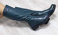 Зимние натуральные кожаные сапоги с молнией по всей длине на толстой подошве зеленого цвета