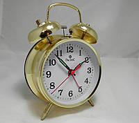 Механические настольные часы PACIFIC с будильником золотистые (классика жанра)