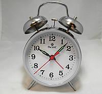 Механические настольные часы PACIFIC с будильником серебристые (классика жанра)
