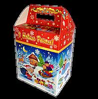 Упаковка для солодощів новорічна Будиночок Зимові Розваги 1000-1300г (упаковка новогодняя для конфет)