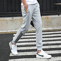 Спортивные мужские брюки хорошего качества