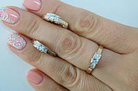 Комплект нежных серебряных украшений - кольцо и серьги