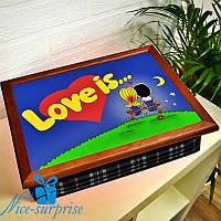 Поднос на подушке завтрака в постель  LOVE IS