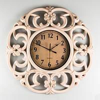 Необычные настенные часы из пластика 46х5 см