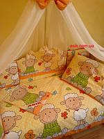"""Комплект постели в кроватку из 8-ед. желто-оранжевого цвета """"овечки на лужайке"""" №153"""