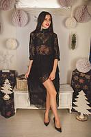 Короткое гипюровое платье с асимметричной юбкой