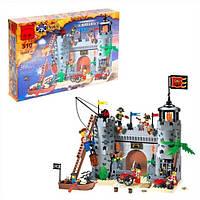 Конструктор BRICK 310 Пиратская крепость 366 деталей