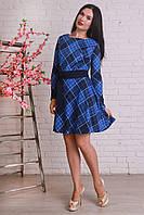Женское платье в крупную клетку с поясом