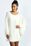 Короткое шифоновое платье расшитое камнями с широкими рукавами