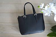 Черная кожаная сумка из Италии
