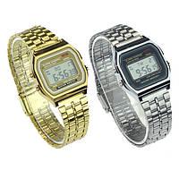 Модные наручные часы с металлическим ремешком