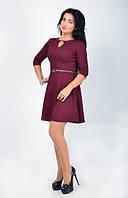Молодежное женское платье в классическом стиле