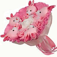 Букет из мягких игрушек Зайки розовые