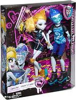 Набор кукол Monster High Лагуна и Гил (CJC47)