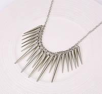 Ожерелье Воротник Колючки серебро/бижутерия/цвет цепочки серебро
