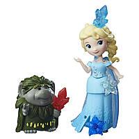 """Куклы и пупсы «Disney Frozen» (B5185) набор маленьких кукол """"Эльза и Пабби (Elsa & Grand Pabbie)"""", 7 см"""