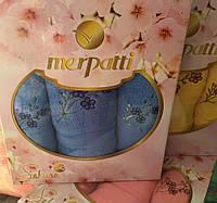 Набор красивых качественных полотенец Сакура