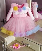Разноцветное нарядное платье на девочку с пышной фатиновой юбкой и ярким декором