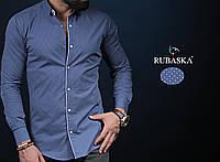 Синяя мужская рубашка хорошего качества