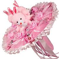 Букет из мягких игрушек Зайки с конфетами Minnie