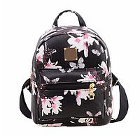 Черный рюкзак с цветочным принтом