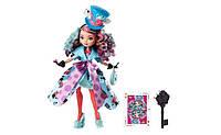Кукла Ever After High Way Too Wonderland Madeline Hatter