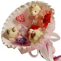 Букет из мягких игрушек Мишки трех цветов