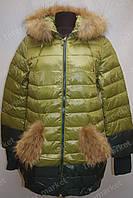 Зимняя куртка женская на замке с капюшоном зеленая