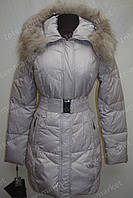 Зимняя куртка женская на замке с капюшоном серая