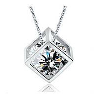 """Модная подвеска украшение на цепочке """"Волшебный куб"""" с белым кристаллом, серебристый цвет"""