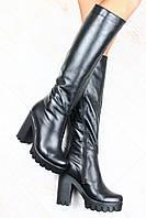 Сапоги черные кожаные на толстом каблуке высокие