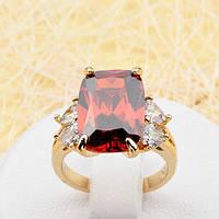 R1-0813 - Кольцо с красным и прозрачными фианитами позолота, 16 р.
