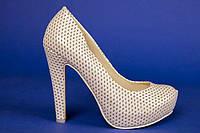 Туфли для невесты с перфорированной кожи №8