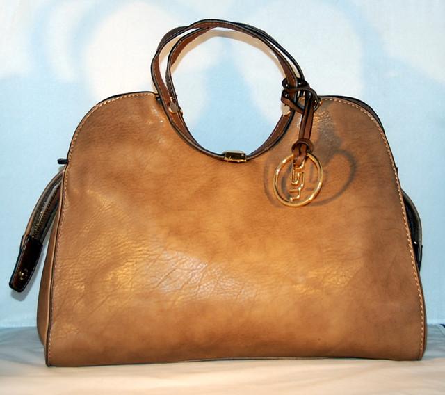 Обувь и сумка известных брендов оптом мелкий опт